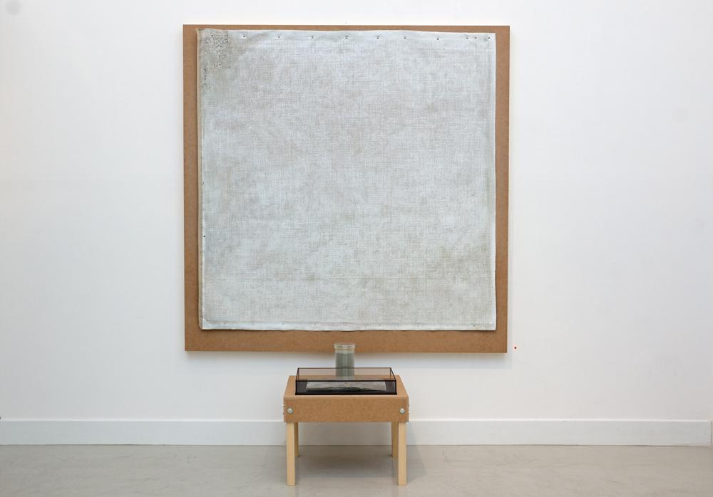 "Instalación ""Sin título"", técnica mixta, 150x150x100 cm. Tito Pérez Mora, 2014"
