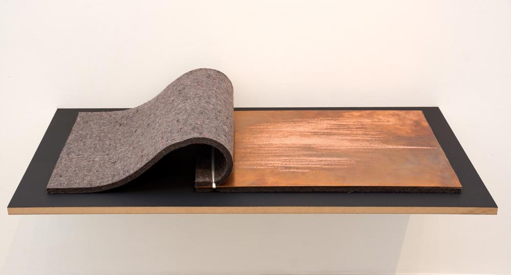 """""""Sin título"""", texto grabado sobre plancha de cobre, 35x50 cm. Tito Pérez Mora, 2014"""