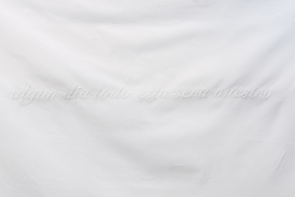 """Sin título"", sábana de algodón bordada, 220x170 cm. Tito Pérez Mora, 2014"
