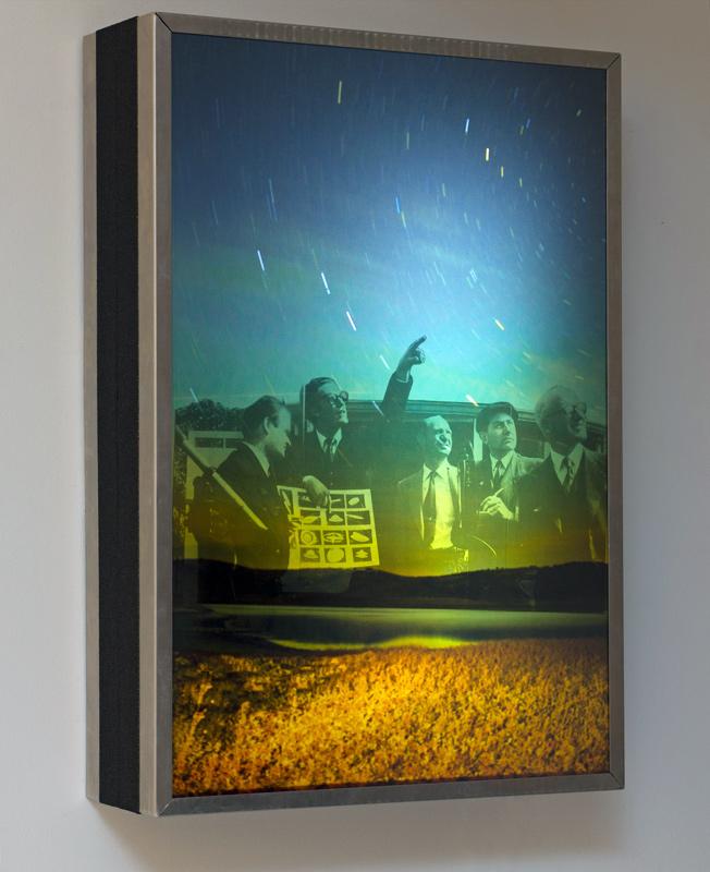 """""""UFO"""", caja de luz con imágenes superpuestas, 62x42x12 cm. Salim Malla, 2015"""