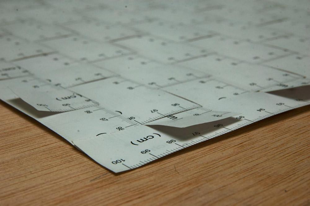 "Detalle de ""Metro cuadrado"", técnica mixta: 76 metros de Ikea, madera. 100x100x20 cm. Salim Malla, 2013"