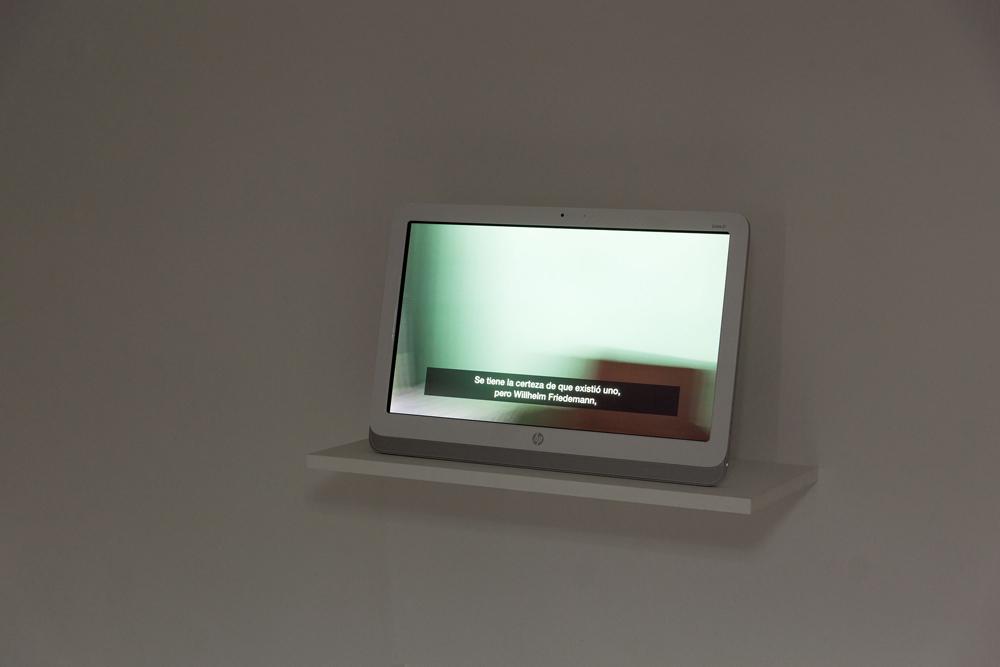 """""""26 variaciones sobre la ínfima posibilidad"""", vídeo. Color, audio, subtítulos. 15'45'', Marla Jacarilla, 2014"""