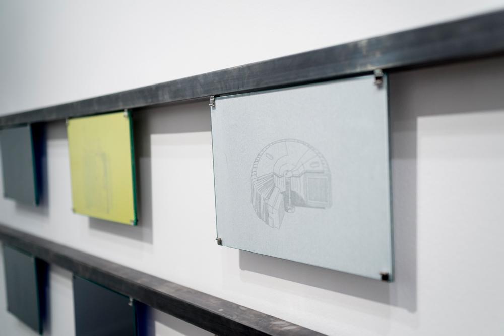 """Detalle de serie """"Transformadores"""", dibujo en papel de calco, 18,5x25,5 cm. Gema Rupérez, 2015"""