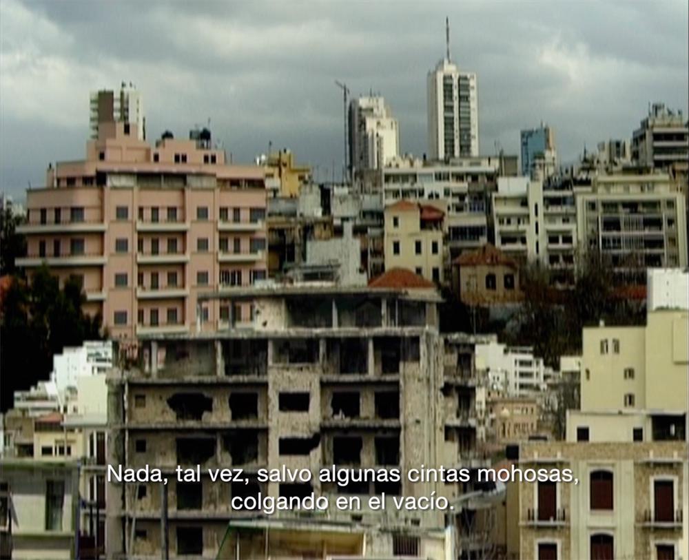 """""""Un Cercle autour du Soleil """", vídeo, 14' 29''. Ali Cherri, 2005"""