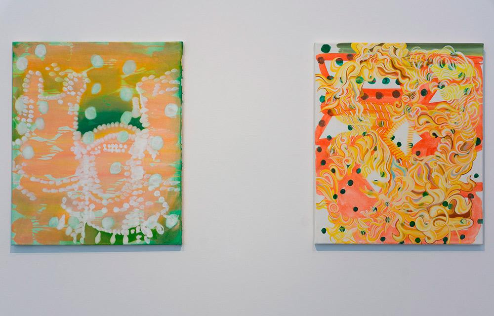 "Izda. ""Gleaming"", acrílico y óleo sobre lienzo, 60 x 50 cm. Rebekka Löffler, 2012. Dcha. ""Hair Bond"", acrílico y óleo sobre lienzo, 60 x 50 cm. Rebekka Löffler, 2013"